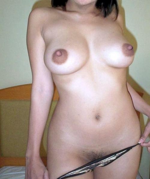 【女体エロ画像】エロすぎる巨乳裸体…メチャクチャに襲ってやると息巻いても実際はヘタレますwww  05