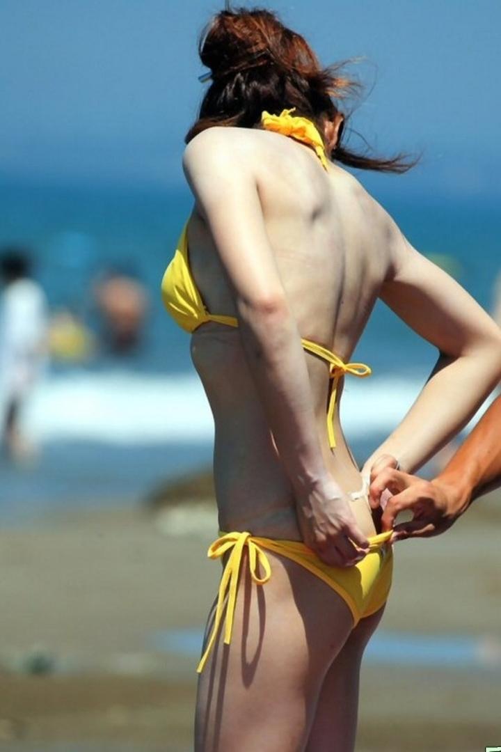 【水着エロ画像】ビキニギャルに会うために今年は海行き決定!まだ勃起耐性ないけどwww  08