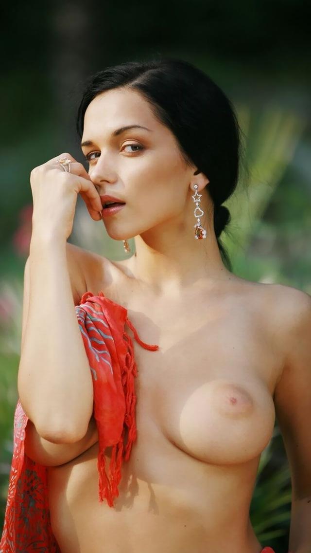 【海外エロ画像】洋モノ=豊満巨乳のイメージ強いけど、痩せててもイケますwスレンダー外人美女画像  19