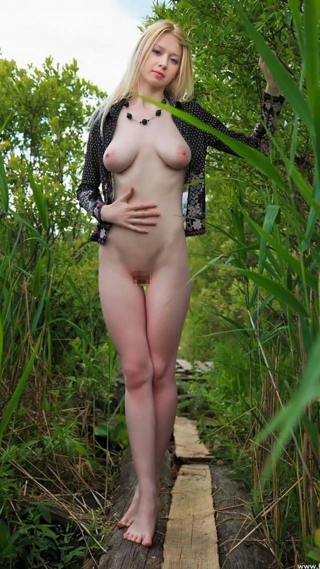 【海外エロ画像】洋モノ=豊満巨乳のイメージ強いけど、痩せててもイケますwスレンダー外人美女画像  20