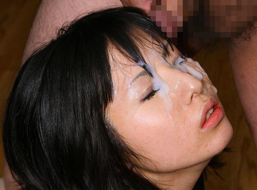 【ぶっかけエロ画像】顔中を覆い尽くせれば気分爽快!一度はやりたいザーメン顔射の画像  17