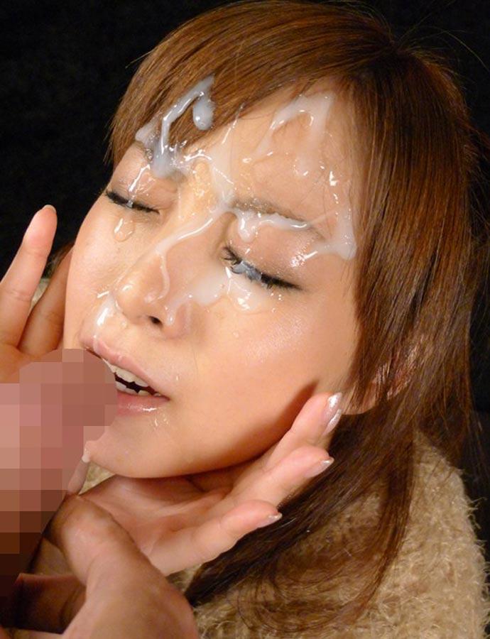 大量ザーメンをぶっかけられて女の顔が大変なことになってる画像wwwww