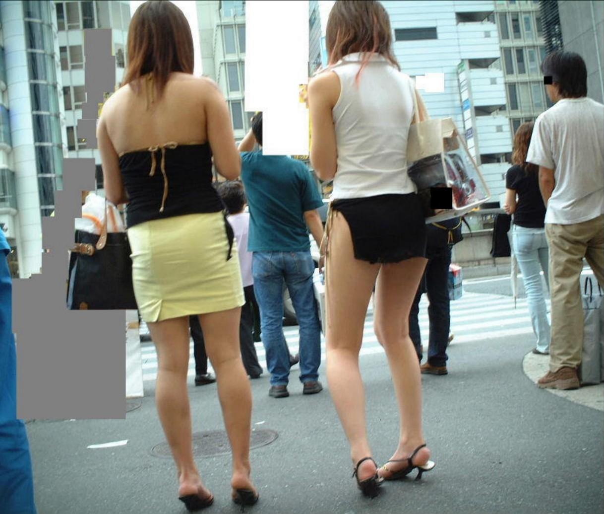 【街撮り美脚画像】あまりに綺麗な脚ならパンチラなんかイラネwそれだけで抜ける街の極上美脚www