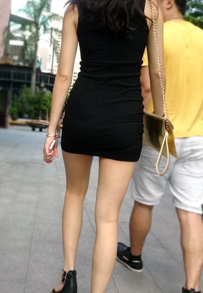 【中華美脚微エロ画像】美脚の楽園、中国で街撮りw数歩進めばほっそり女脚と巡り会えるwww 16