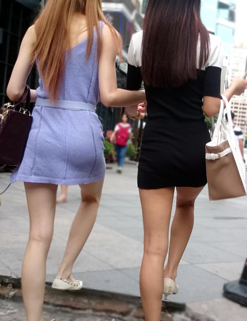 【中華美脚微エロ画像】美脚の楽園、中国で街撮りw数歩進めばほっそり女脚と巡り会えるwww 17