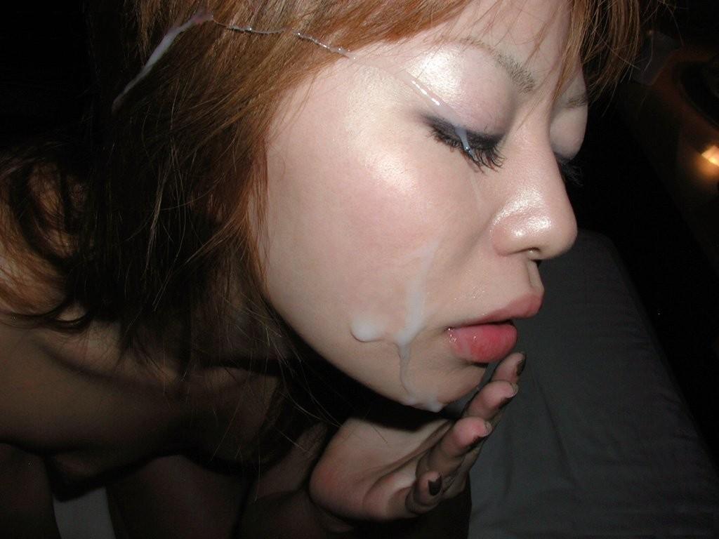 【ぶっかけエロ画像】やる際は事前に許可取らないと怒られるよwww美顔が汁まみれの顔射フィニッシュ 05