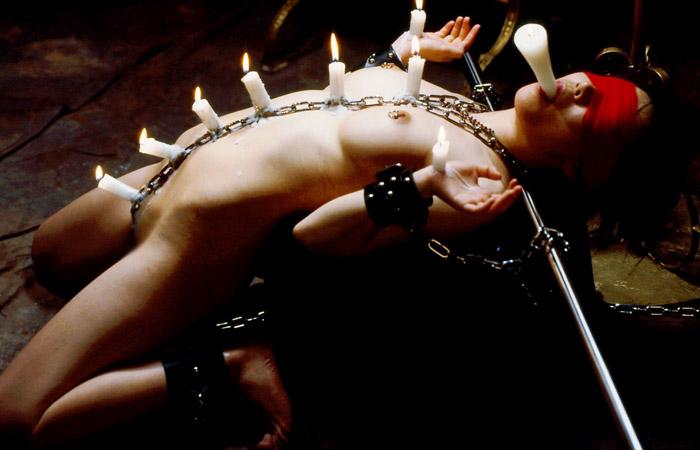 【SMエロ画像】繰り返される苛烈な蝋燭責めに声が枯れるまで悲鳴を上げるM女たち 001