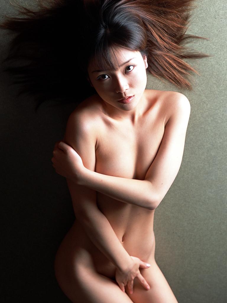 【着エロ画像】悪あがきっすねwwwどうせ見られるのに必死で手で隠す女の子の図 18
