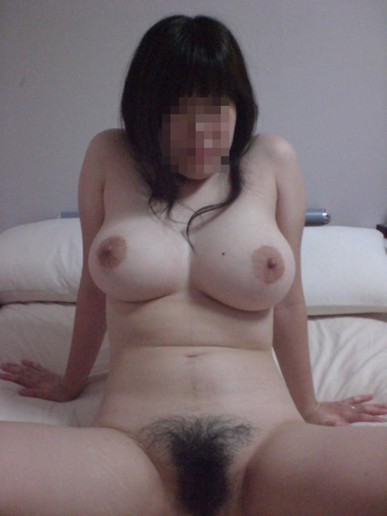 【でけぇ】素人で巨乳かつ全裸になってる画像