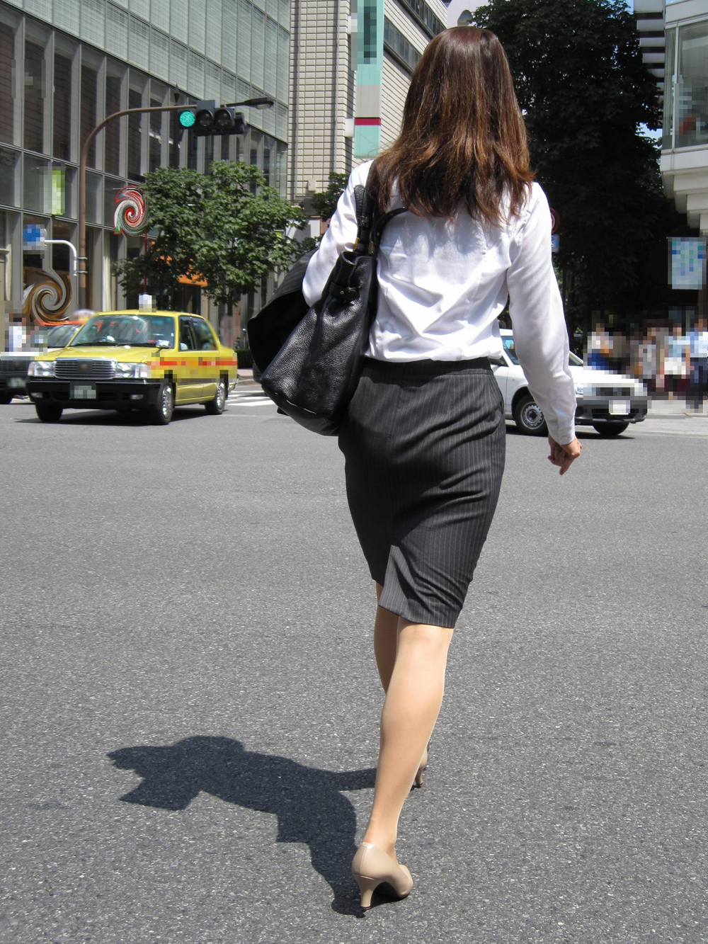 OL ハイソックス 街撮り 【街撮りOLエロ画像】着衣尻と美脚を只管追っかけ!肉付き