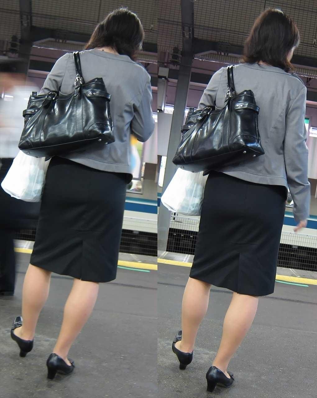【街撮りOLエロ画像】着衣尻と美脚を只管追っかけ!肉付きたまらん働く女性の下半身www 14