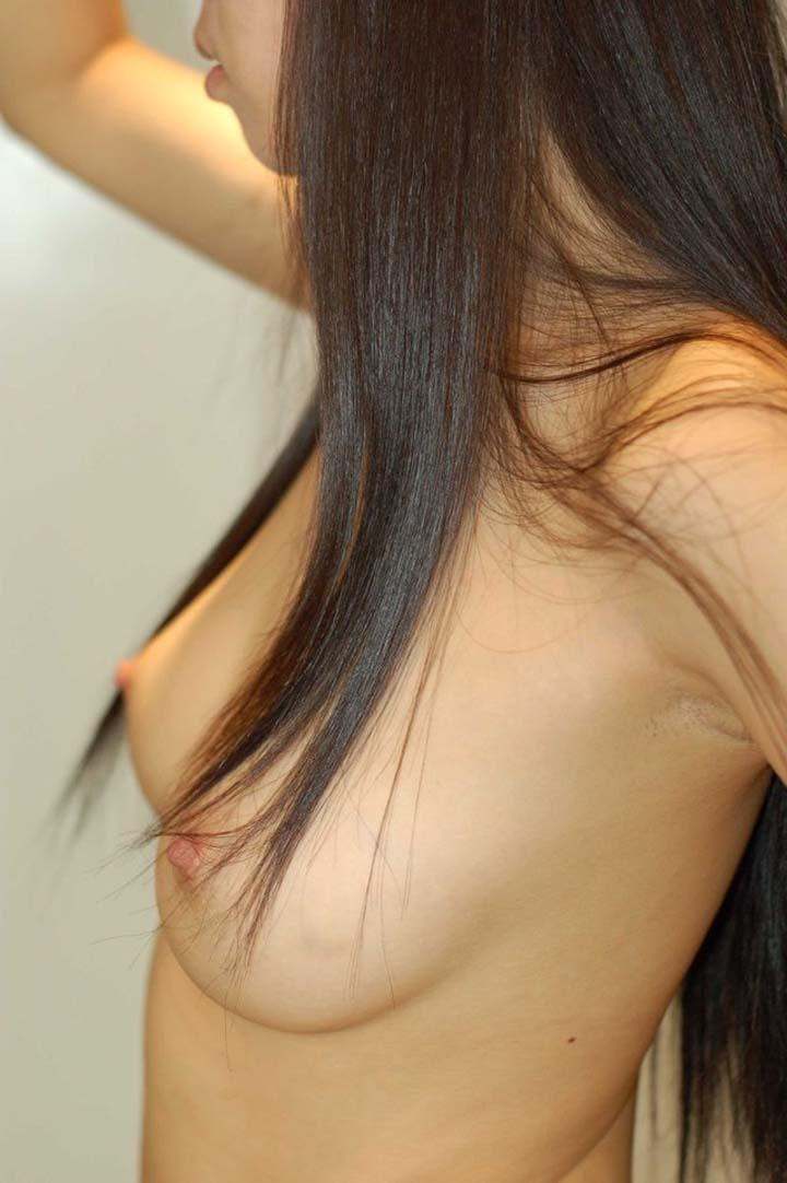 【腋フェチエロ画像】良いおっぱいなのに…腋毛の所為で惜しい結果になった素人の裸体www 19