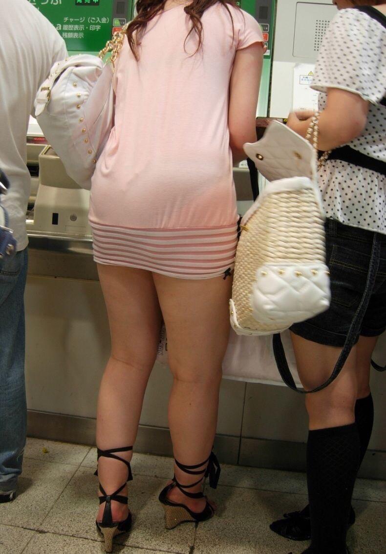 【脚フェチエロ画像】貴方の許せる太さは?けっこう太めの部類に入るムッチリ女脚www 06