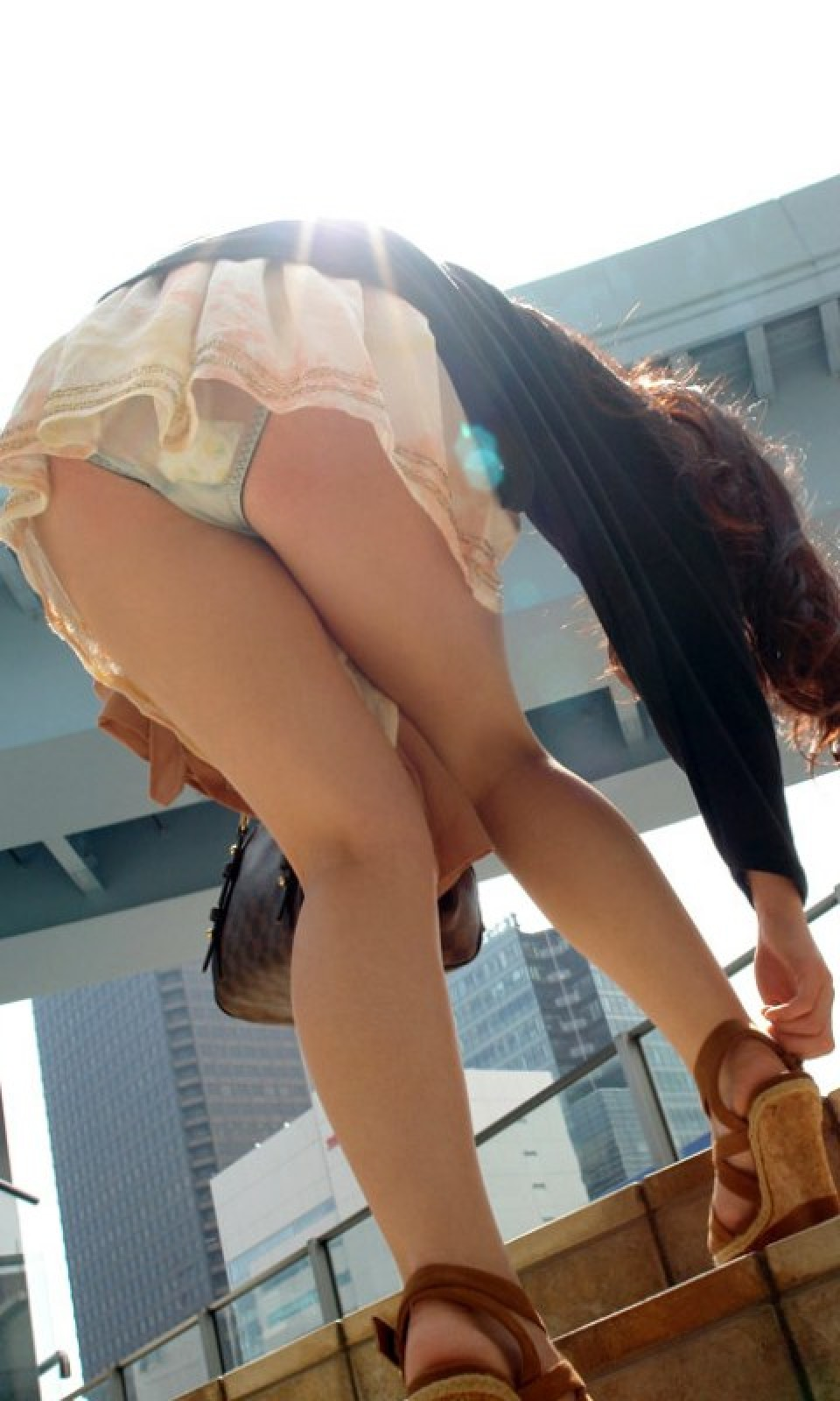 Upskirts japanese girls 1 automatic machines for dances 4