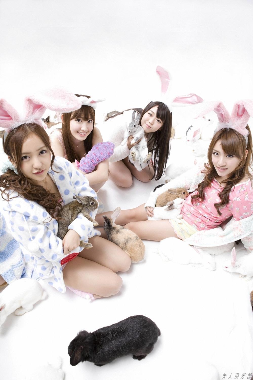 高橋みなみ AKB48メンバーとたかみなの画像90枚!セクシー衣装やうさ耳付けてる可愛い画像など
