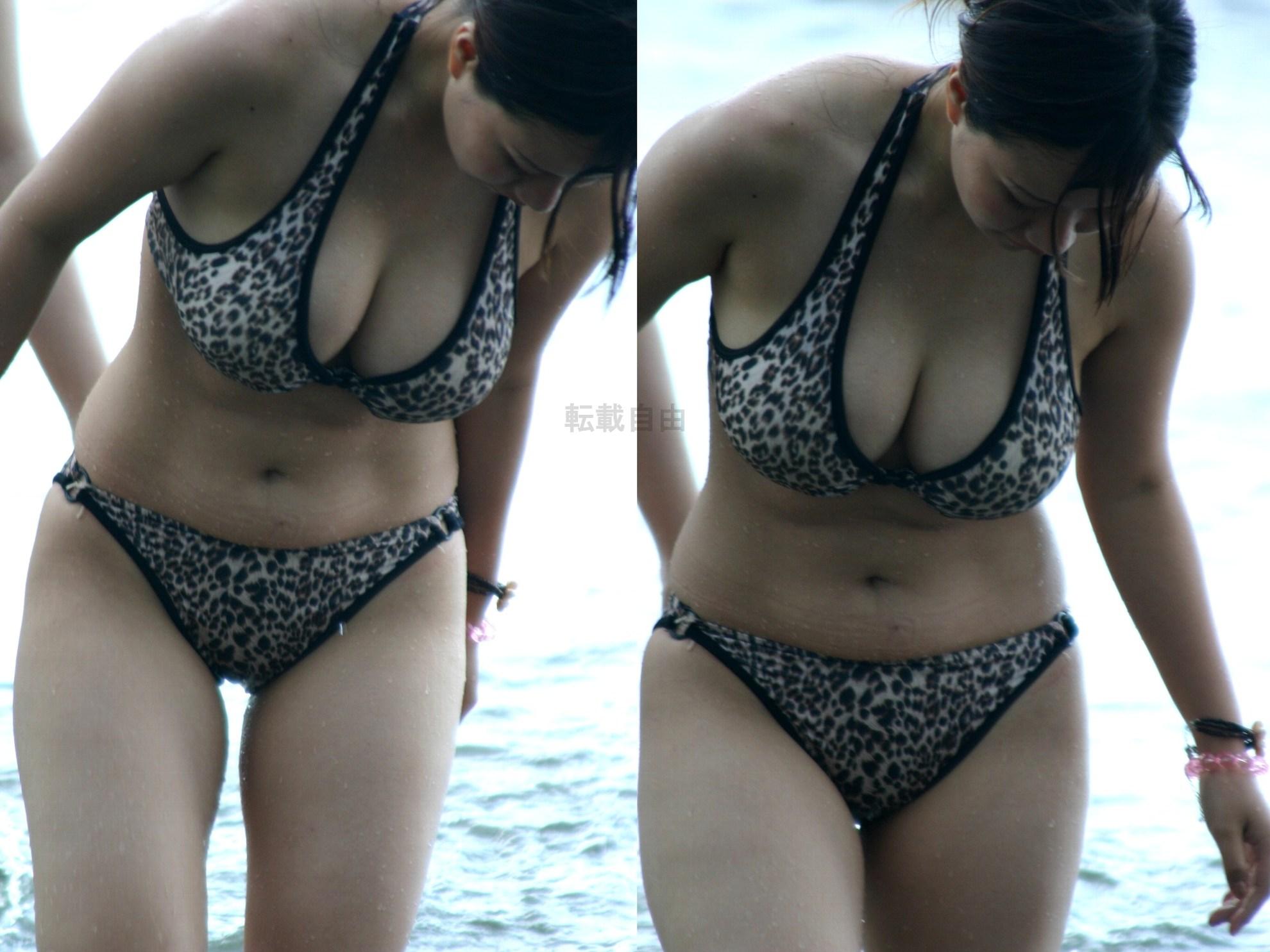 【水着エロ画像】あんな下着同然の布の奥に…ビーチに実った果実の如きビキニおっぱいwww 05