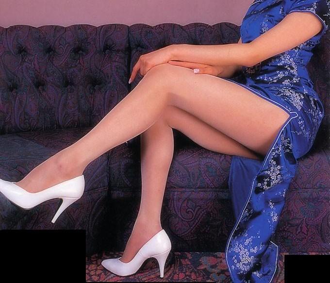 【コスプレエロ画像】真似できないこのスリット!美脚の魅せ方に定評あるチャイナドレスwww 04