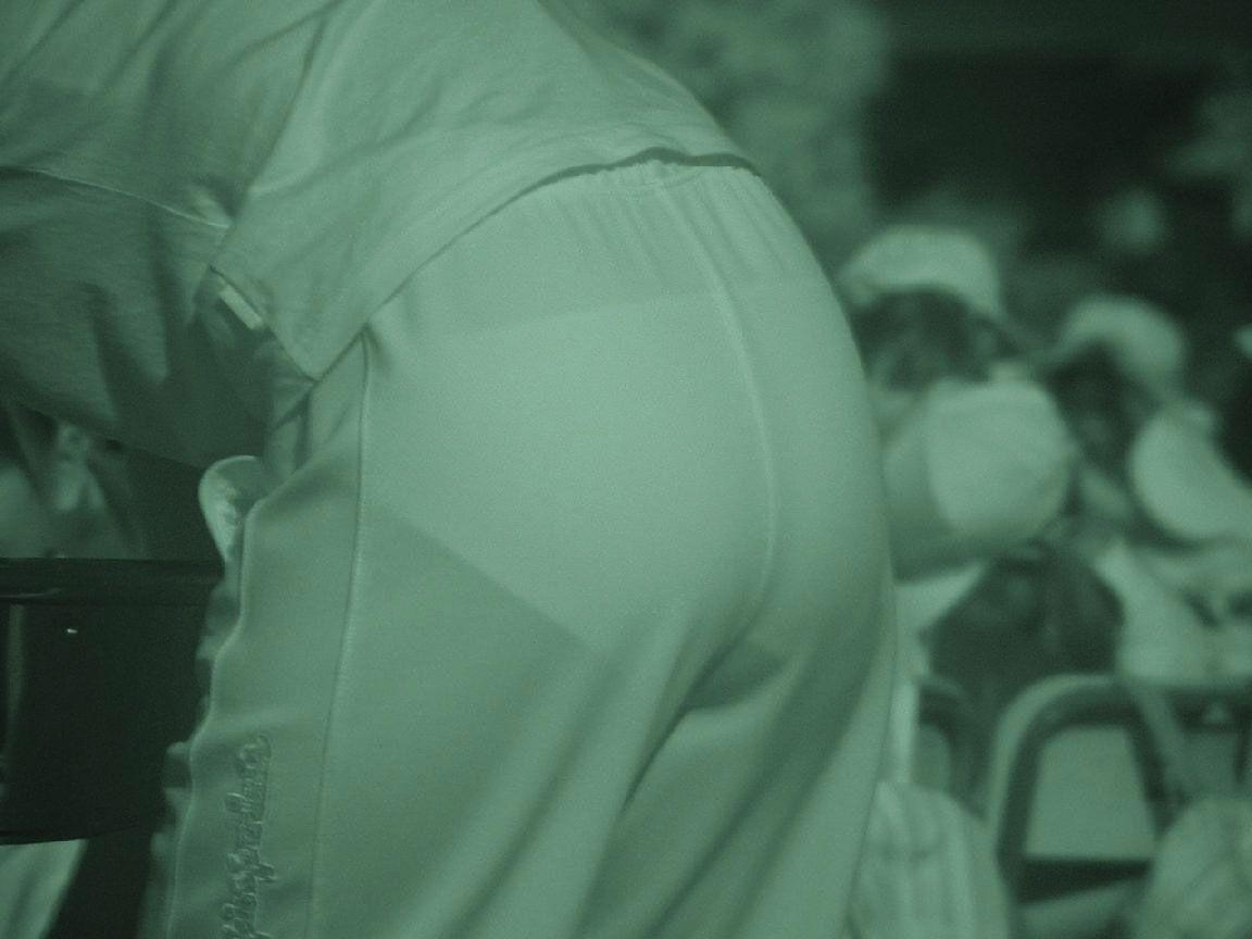 【透け下着エロ画像】高いカメラ使った成果w反則級の赤外線で下着クッキリ透けwww 11