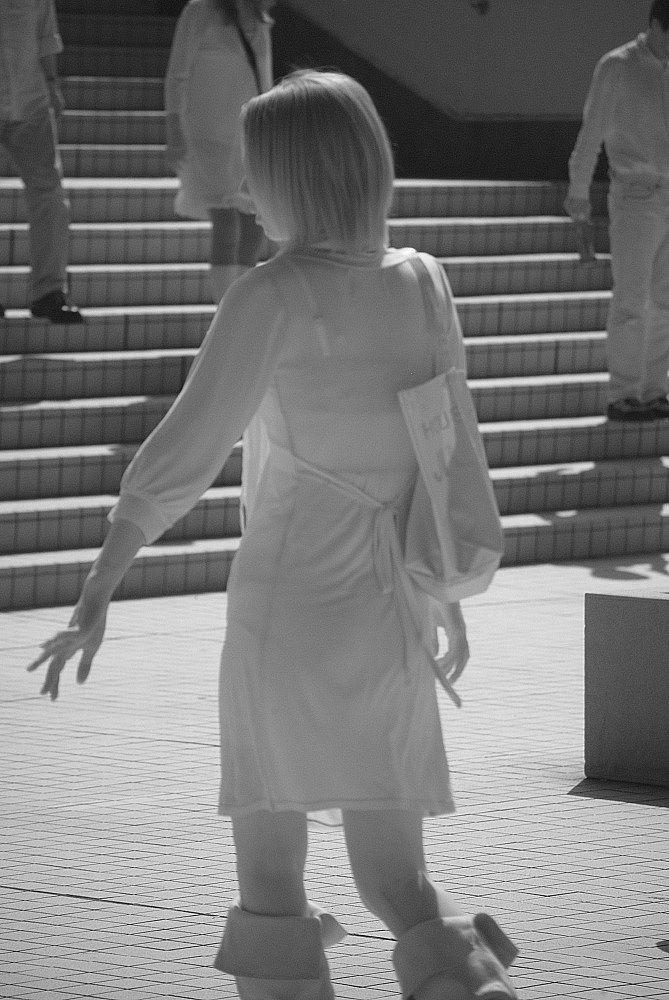 【透け下着エロ画像】高いカメラ使った成果w反則級の赤外線で下着クッキリ透けwww 17