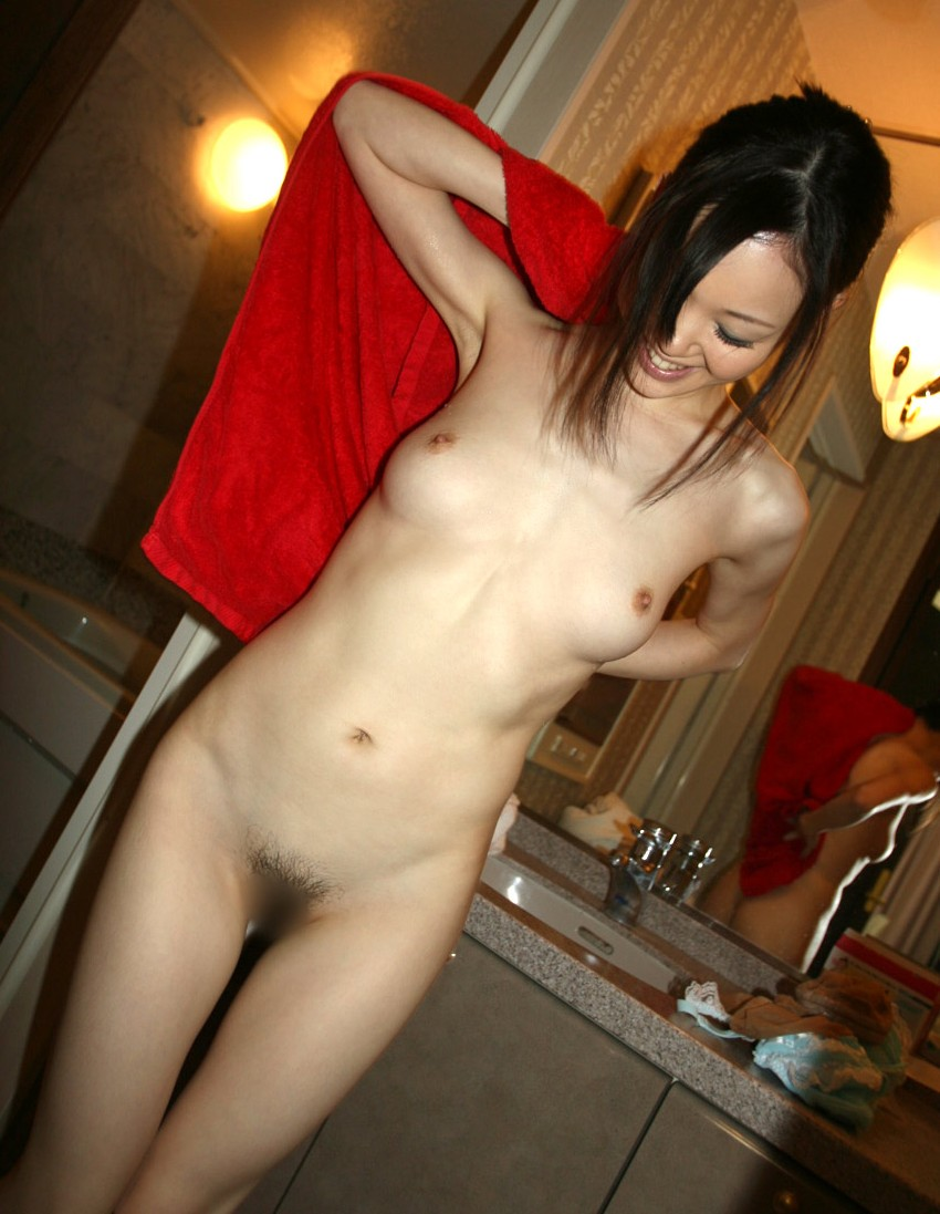 【女体エロ画像】見たらムラムラ再燃焼は決定的wお風呂上がりの火照った裸体www 04