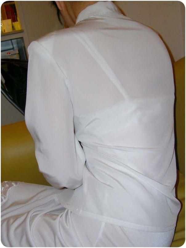 【透けブラエロ画像】わざわざ見える上着で…見せている感は疑いなしの街撮り透けブラwww 12