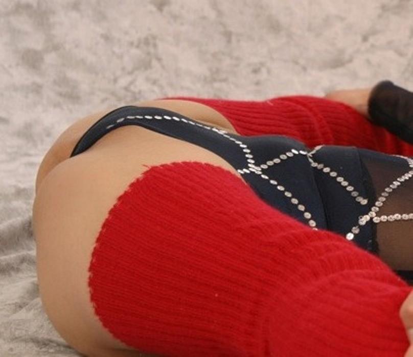 【軟体エロ画像】性的に活かせて当然の逸材!軟体女性の股間を意識させるポーズの数々www 16