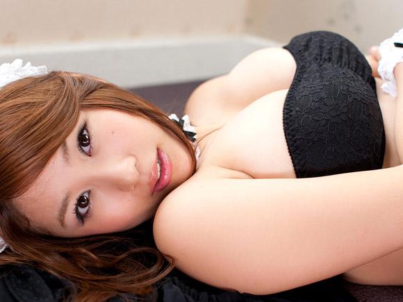 西田麻衣(26) 爆乳メイドコスプレ。画像×11
