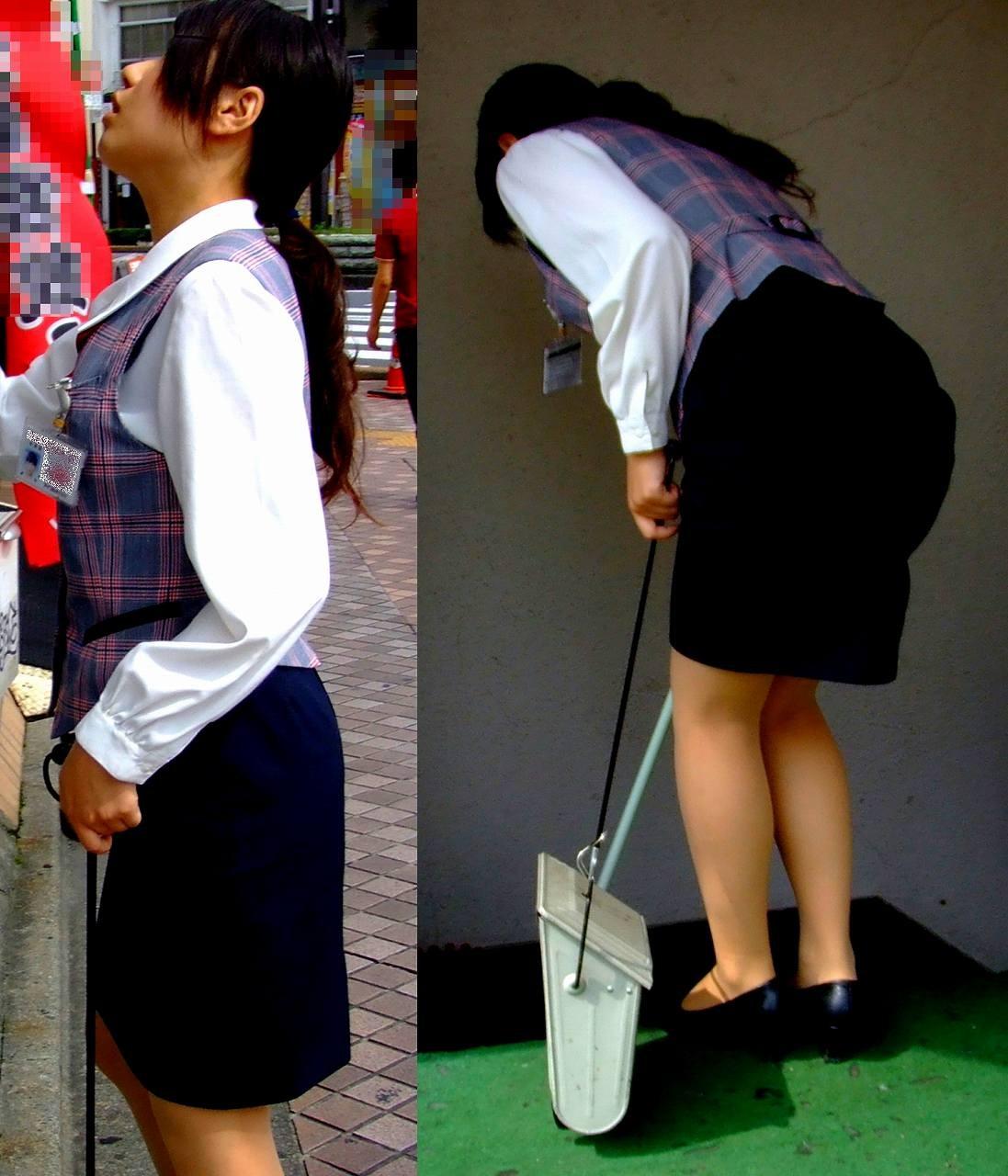【働く女性エロ画像】ヒップラインが引き立つ瞬間!タイト女性の前屈み美尻www 03