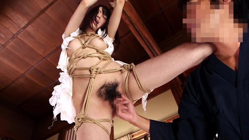 【SMエロ画像】責められて更に食い込む縄!緊縛調教は危険な快楽www 11