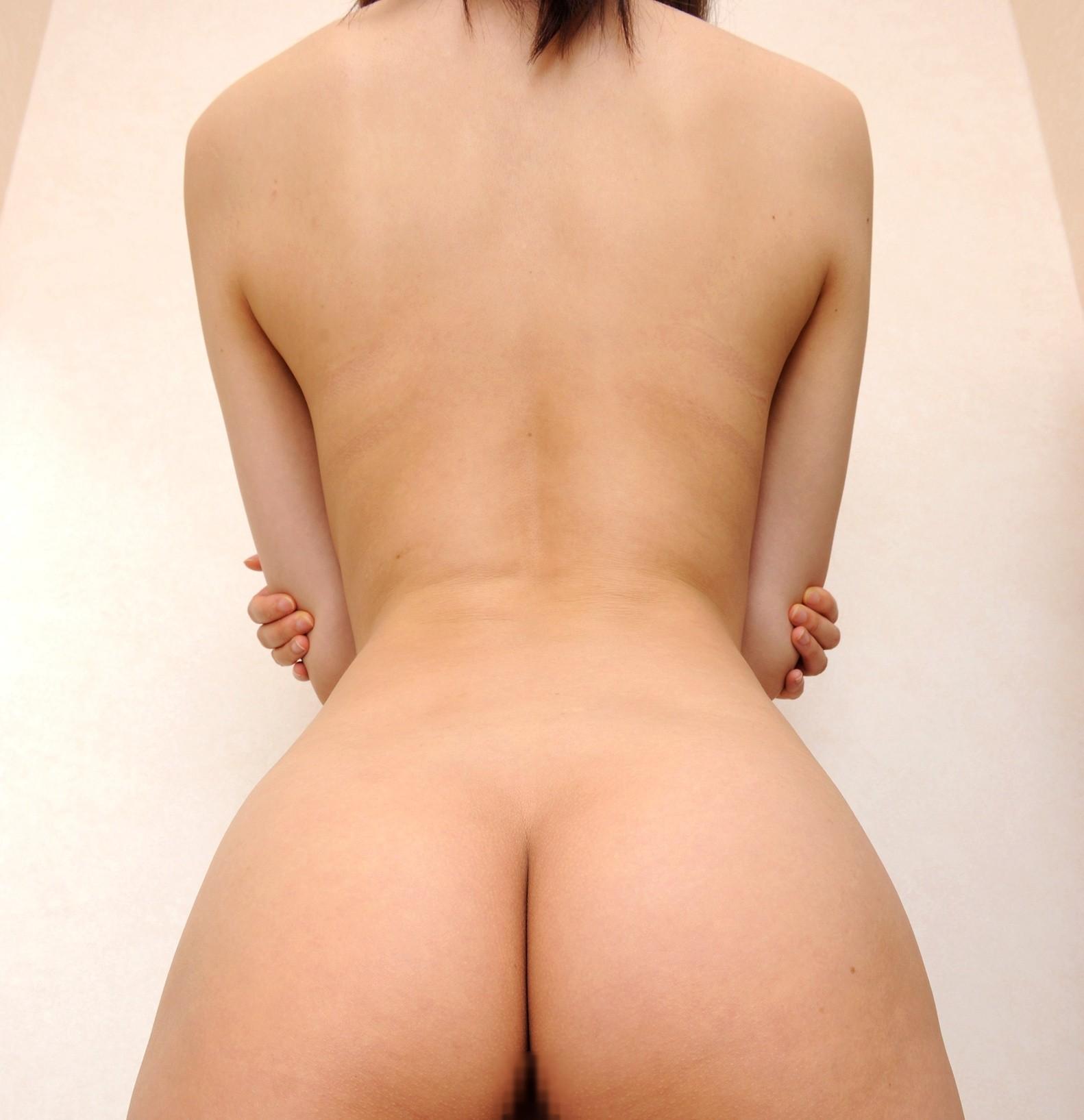 【背中フェチエロ画像】うなじから下まで舐め回したい…少し見える乳もたまらん女体の後ろwww 12