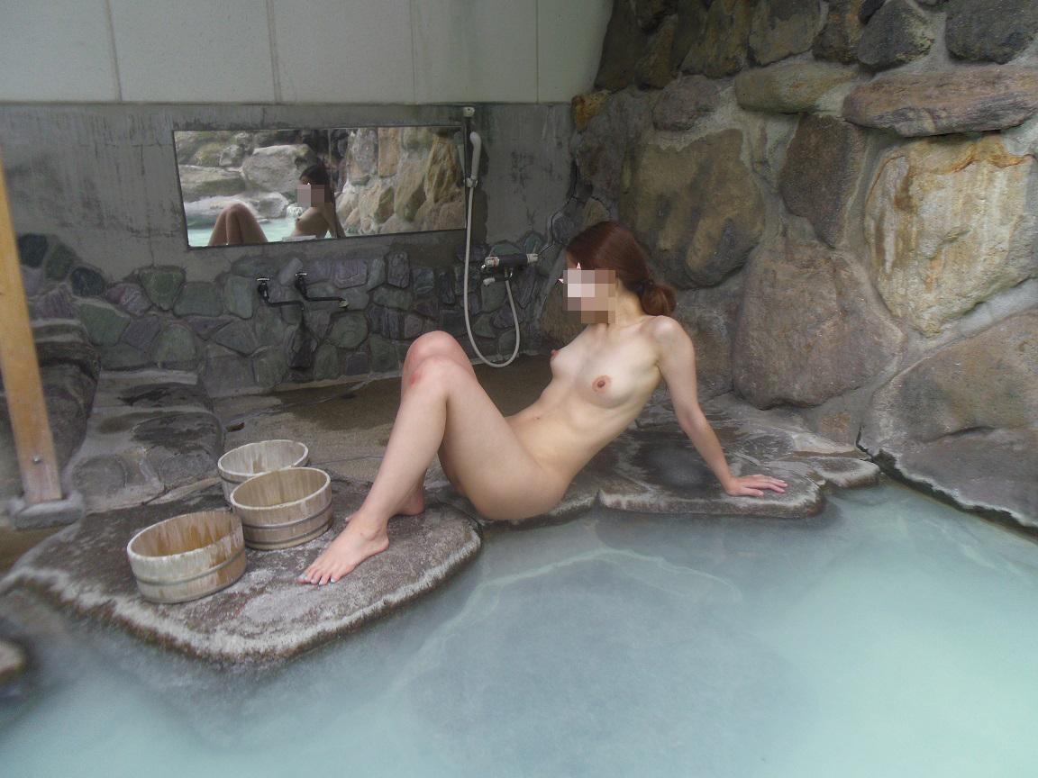 【入浴エロ画像】一緒に入れるなら逆上せてもイイw濡れてそそるお風呂の美女www 16