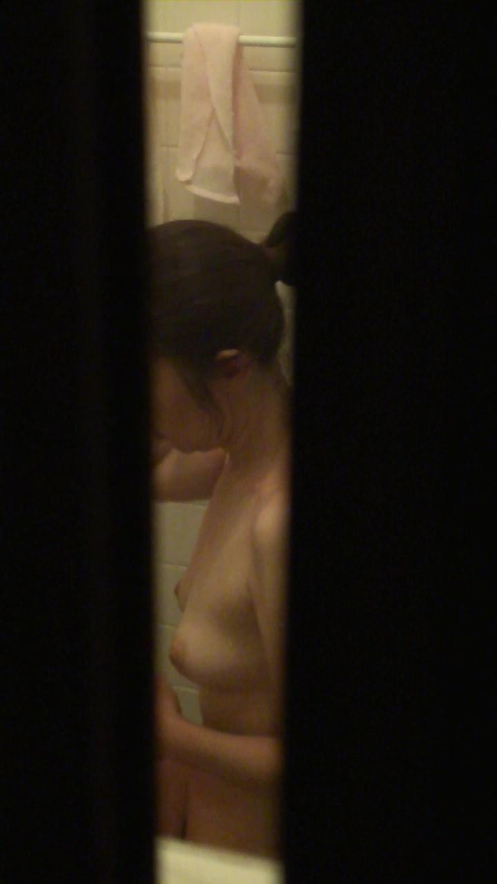 【民家エロ画像】窓開いてるから視界に入った…下手な言い訳は止めて民家の恥部覗きwww 27
