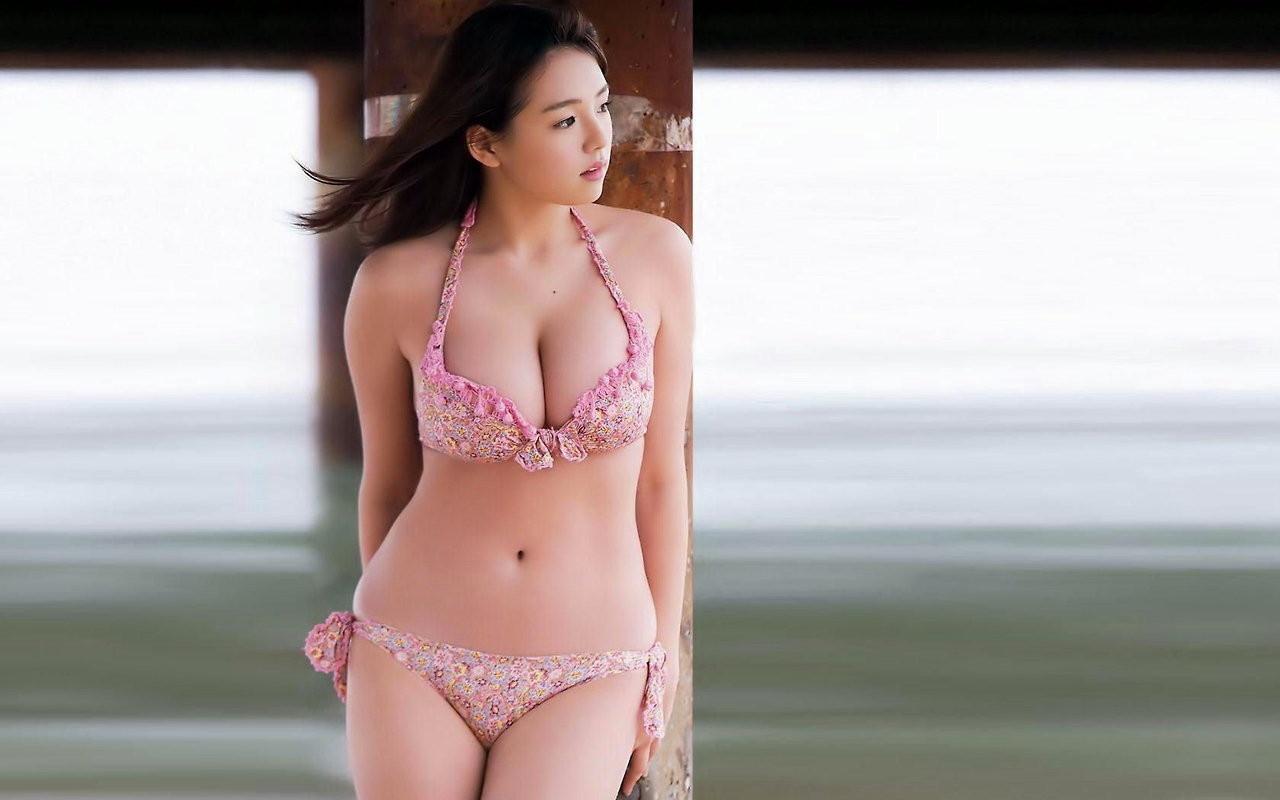 【アイドルエロ画像】抱きたいアイドル・篠崎愛ちゃんのムッチリ肉体堪能ギャラリーwww 40