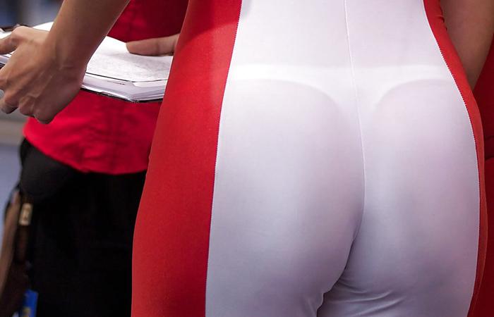 【透けパンエロ画像】薄い服が好みな外人さんの下着は常に浮き透けてマジ卑猥www 001