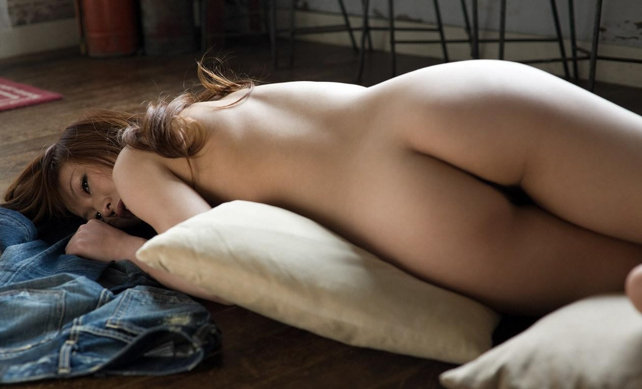 【美尻エロ画像】やっぱり何でも生が一番!遭遇すれば一発欲情な裸のお尻www 10