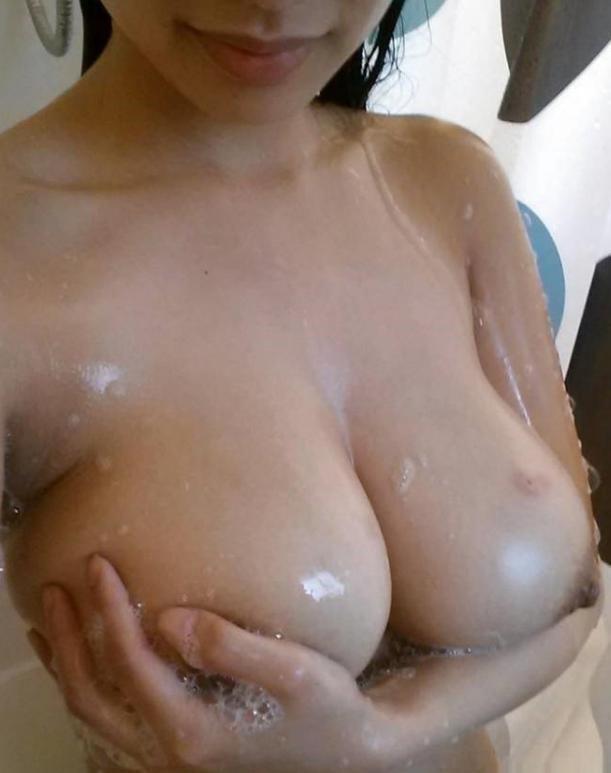 【海外エロ画像】西洋に負けない絶品ボディ!アジア各国の美乳ビューティーwww 20