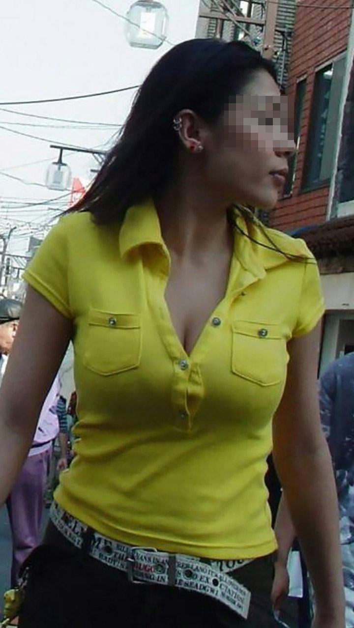 【巨乳エロ画像】隠せるのに敢えて強調w近頃の着衣巨乳さんは前衛的www 04