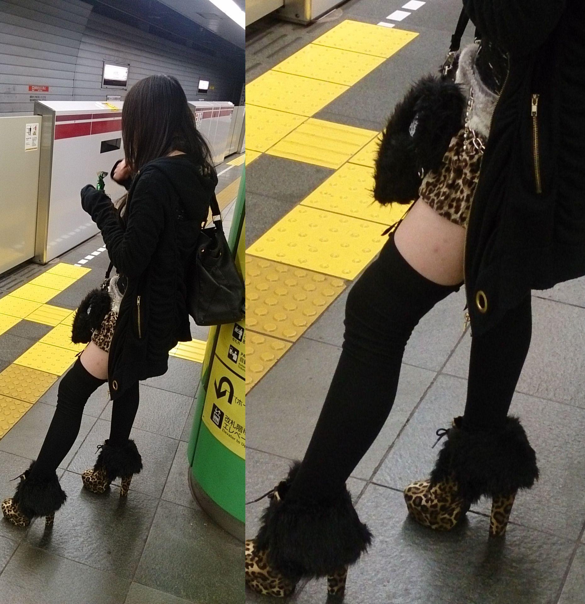 【下着エロ画像】出して歩くファッションまで!?淑女にの下半身によく似合うガーターベルトwww 01