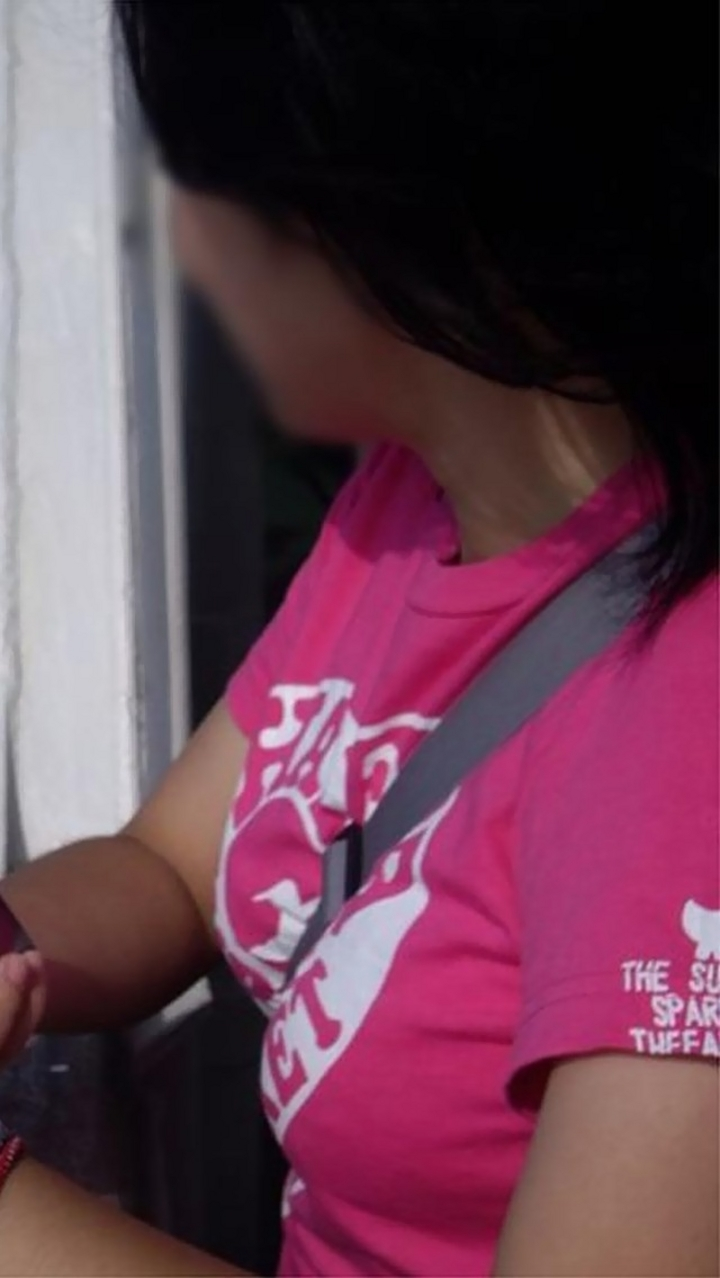 【パイスラエロ画像】これが真の大きさとは限らない…脱がせる前に圧倒されるパイスラ着胸www 11