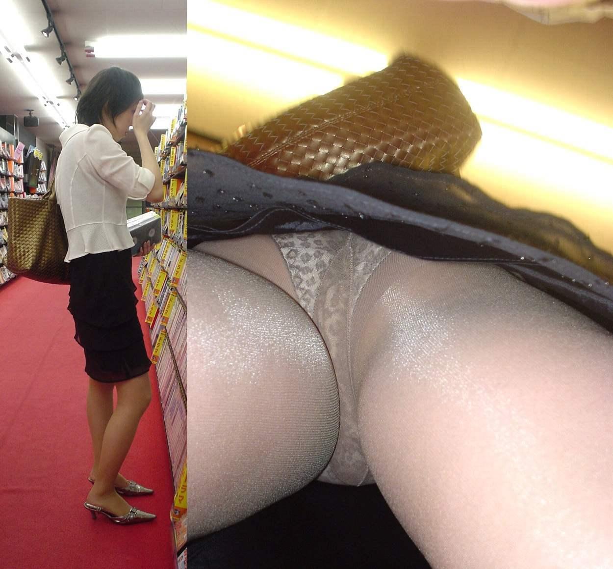 【パンチラエロ画像】スカート長いから大丈夫ってのは思い違いw逆さ撮り師のおパンツ暴きwww 26