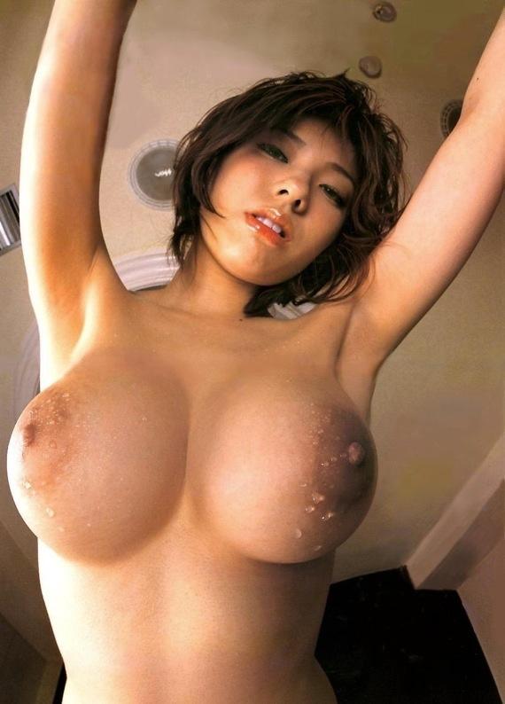 【おっぱいエロ画像】新年だし超抜け過ぎてたまらない美巨乳おっぱい50枚大放出! 36
