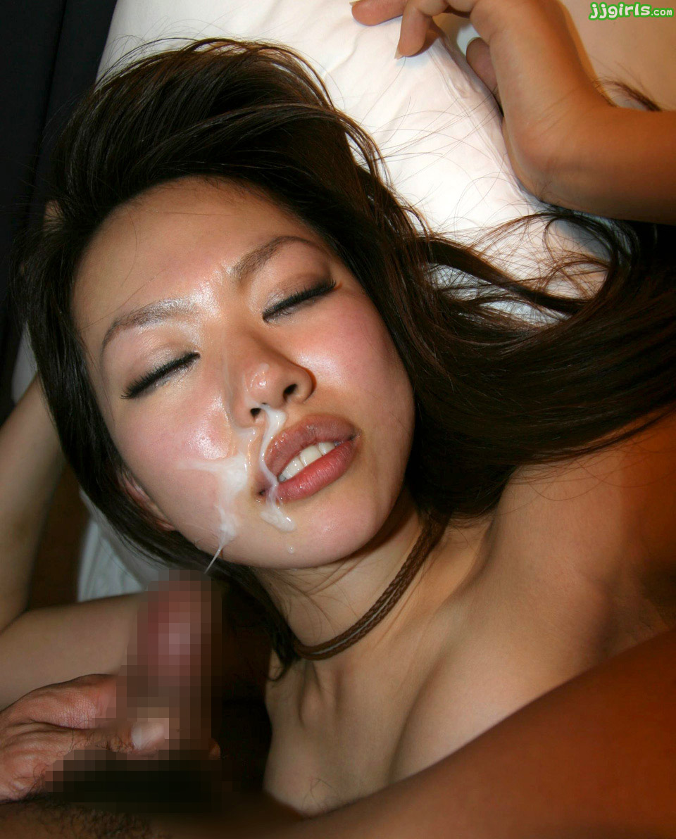 【ぶっかけエロ画像】AV女優でも仕事以外は嫌らしいw汚汁べっとり大量顔射www 13