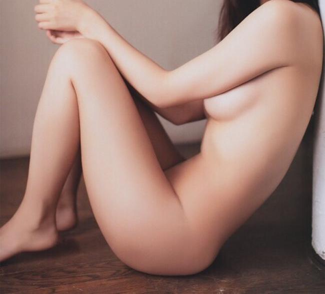 【横乳エロ画像】押していい?それともかぶりつき…欲望ぶつけたい横からおっぱいwww 22