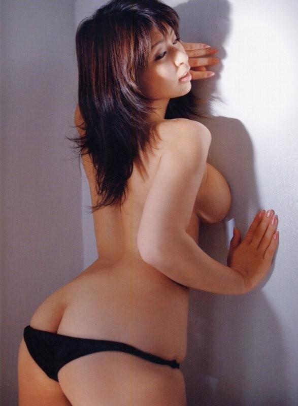 【美尻エロ画像】全然マヌケに見えない、むしろ欲情を煽ってヤバイ美半ケツwww 13