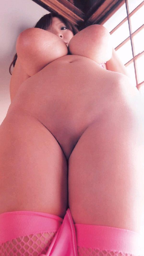 【股間エロ画像】剃ったら見た目が若返る!?それは肉付き次第なパイパン局部www 25