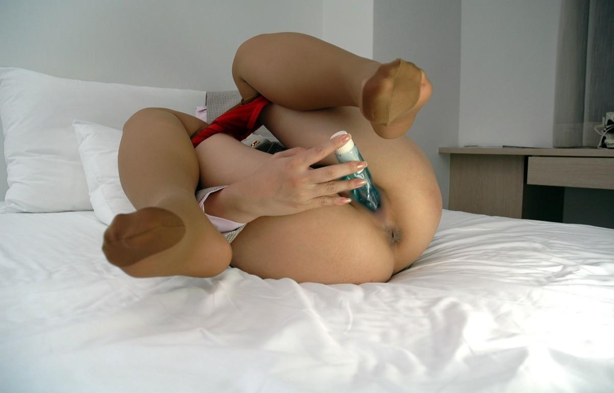 【オナニーエロ画像】貴女はどんな相棒を?色んな手段アリな淑女の自慰タイムwww 22