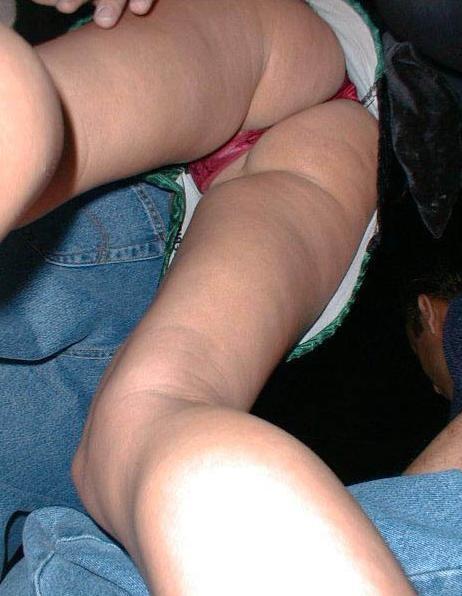 【パンチラエロ画像】諦めきれない階段のミニ…だから素直にローアングル覗きwww 06