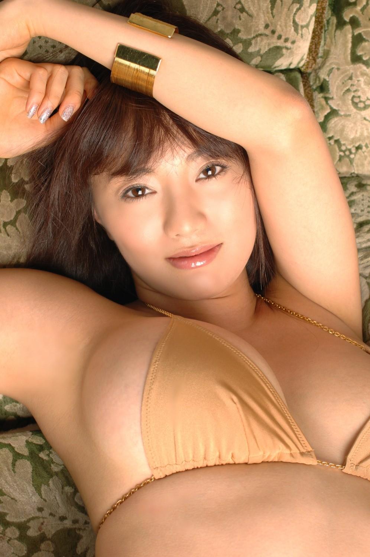 【腋フェチエロ画像】乳首より舐めたい時もあるw味わい深い美女の腋下www 30