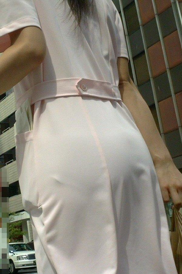 【透け下着エロ画像】見えなさそうで透けているwパンチラの手間いらずな透け下着素人www 15