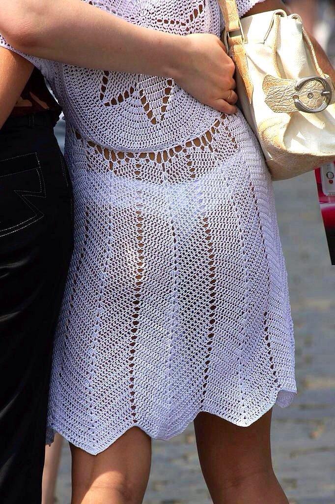 【透け下着エロ画像】見えなさそうで透けているwパンチラの手間いらずな透け下着素人www 25